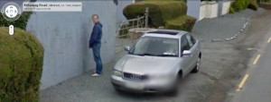 GoogleStreetView-Man-urinating-against-a-house-at-the-Hospital-Cross-on-the-Killarney-road-800