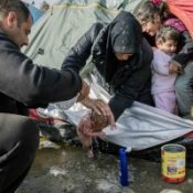 Thousands of Refugees Wait in Muddy Camps / The Duke of Cambridge Goes Skiing